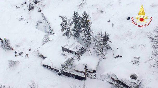 http://a.abcnews.com/images/International/GTY-italy-avalanche3-ml-170119_1_16x9_608.jpg