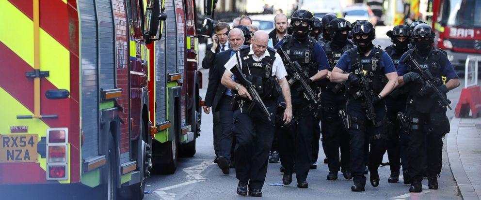 PHOTO: Counter terrorism officers march near the scene of last nights London Bridge terrorist attack on June 4, 2017 in London, England.