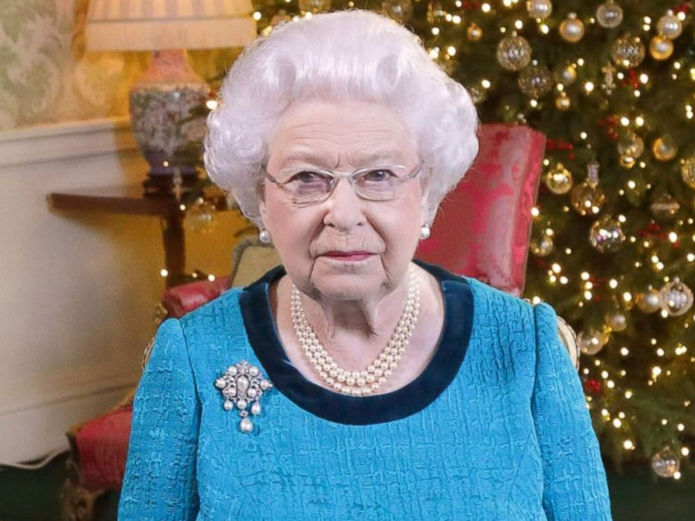 PHOTO: Queen Elizabeth II sits at a desk in the Regency Room after recording her Christmas Day broadcast to the Commonwealth at Buckingham Palace, Dec. 24, 2016, in London.