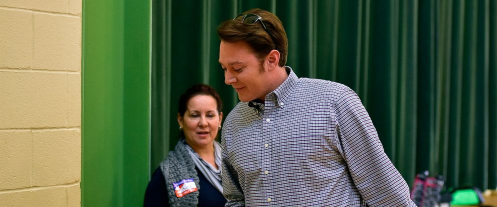 PHOTO: Clay Aiken, Democratic candidate for Congress in North Carolinas Second District, votes in the midterm elections, Nov. 4, 2014, at Mills Park Elementary School in Cary, N.C.