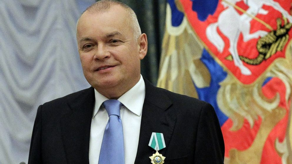 PHOTO: Russian television journalist Dmitry Kiselyov poses for a photo after receiving a medal of Friendship during an awarding ceremony in the Kremlin in Moscow, Oct. 10, 2011.