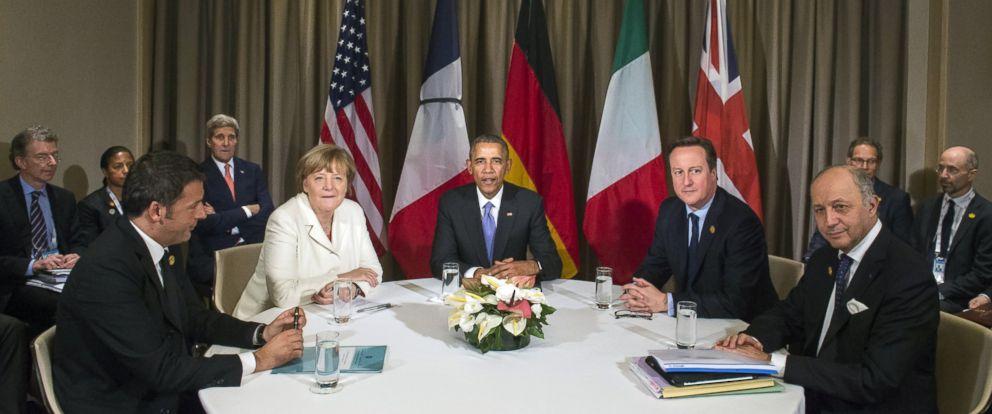 PHOTO: (L to R) Italian Prime Minister Matteo Renzi, German Chancelor Angela Merkel, US President Barack Obama, British Prime Minister David Cameron and French Foreign Minister Laurent Fabius during the G20 Summit in Antalya, Turkey on Nov. 16, 2015.