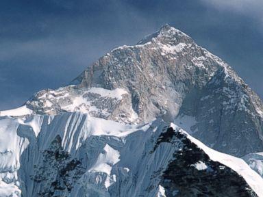 4 People Die in 4 Days Climbing Mount Everest
