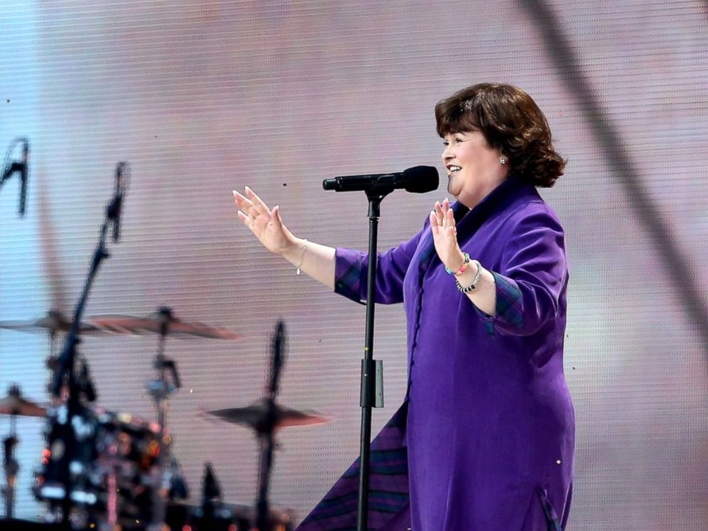 PHOTO: Singer Susan Boyle performs ?Mull of Kintyre? during the Opening Ceremony for the Glasgow 2014 Commonwealth Games at Celtic Park, July 23, 2014, in Glasgow, Scotland.