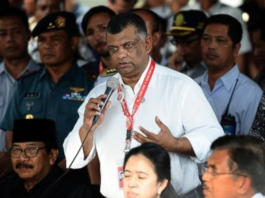 PHOTO: CEO AirAsia Group Tony Fernandes speaks during a press conference on search efforts for missing AirAsia flight 8501 at the crisis centre of Juanda International Airport Surabaya, Dec. 29, 2014, in Surabaya, Indonesia.
