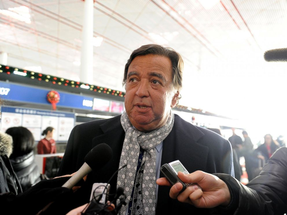 PHOTO: Former New Mexico Governor Bill Richardson speaks to the media at Beijing International airport in Beijing, Jan. 7, 2013, before his trip to North Korea.