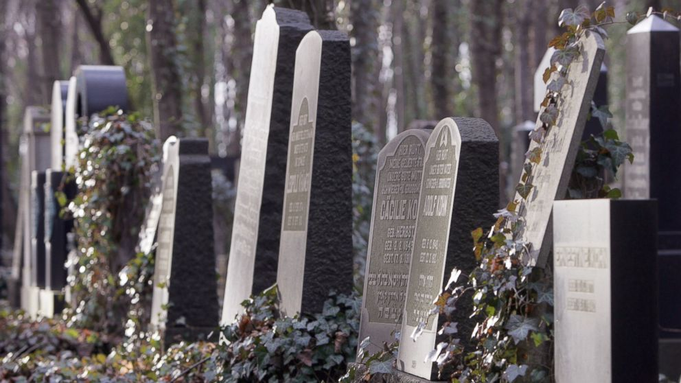 PHOTO: Tombstones stand in Berlins Jewish cemetery in Weissensee.
