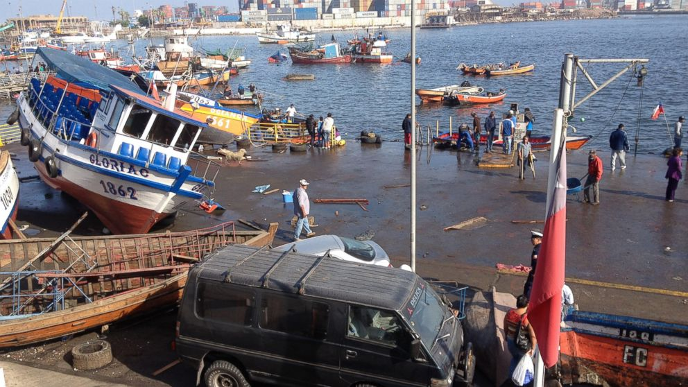 PHOTO: Picture taken on April 2, 2014 showing the caos created at the Riquelme Cove, in Iquique, northern Chile, after a powerful 8.0-magnitude earthquake hit off Chiles Pacific coast.