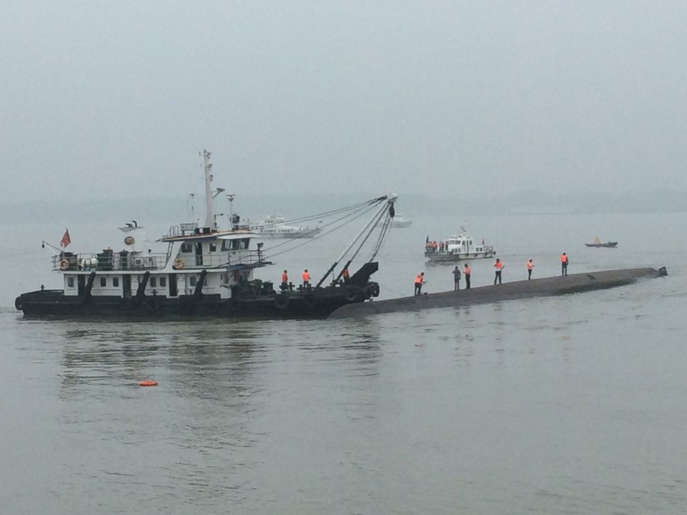 PHOTO: Recovery and rescue crews attend the accident site where a ship carrying 458 people sank in the Jianli section of the Yangtze River on June 2, 2015 in the Jingzhou, Hubei province of China on June 2, 2015.