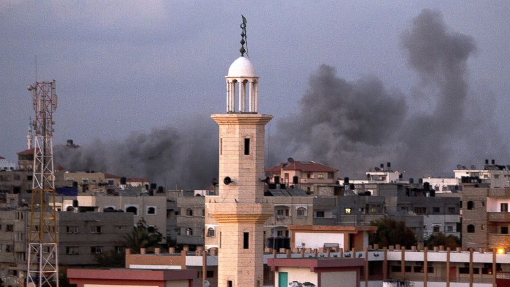 PHOTO: Smoke billows following an Israeli air strike in Gaza City, July 15, 2014.