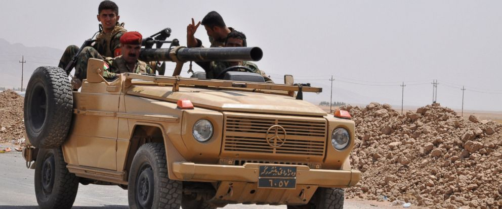 PHOTO: Kurdish peshmergas patrol in Mahmur area to prevent attacks