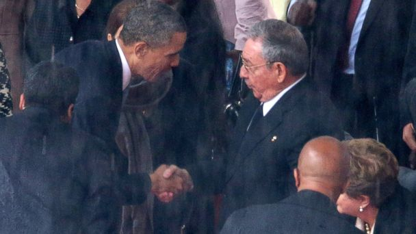 GTY obama raul castro jef 131210 16x9 608 Obama, Castro Handshake Not Pre Planned, White House Says