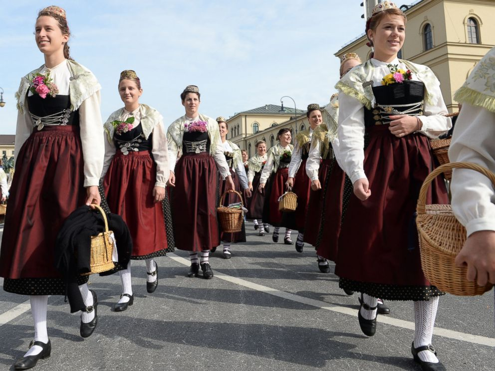 PHOTO: Women wearing the traditional dirndl
