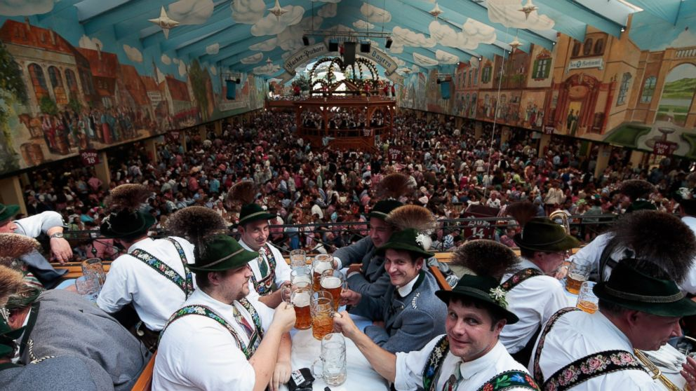 why is oktoberfest in september