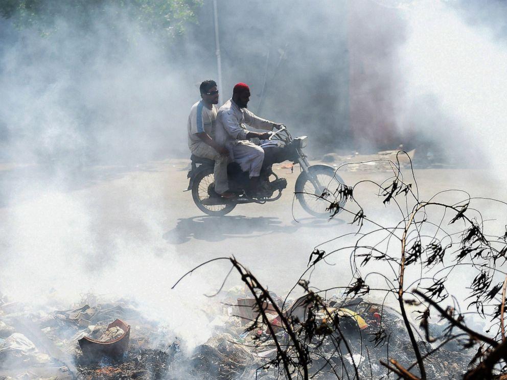 air pollution in pakistan essay