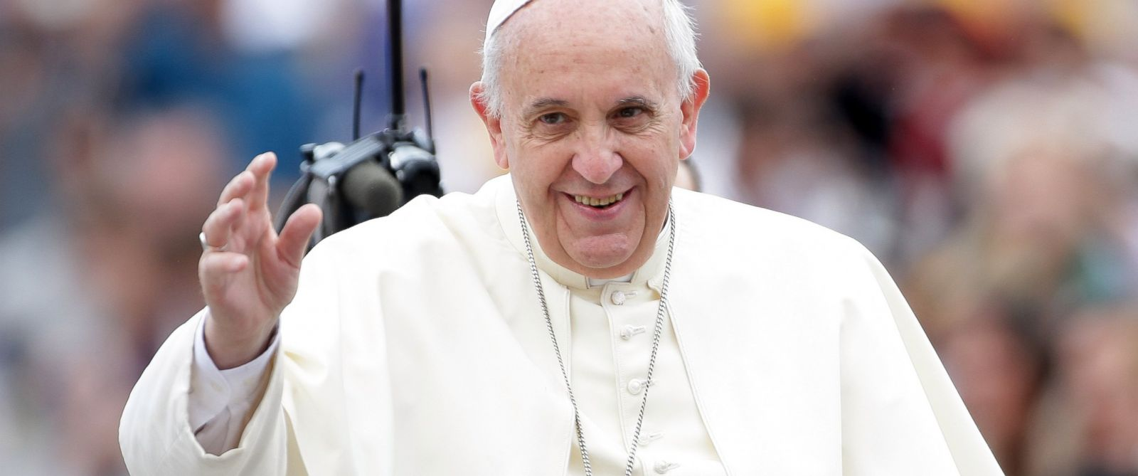 PHOTO: Pope Francis waves as he arrives at St. Peters Square for his weekly audience on Sept. 17, 2014 in Vatican City, Vatican.