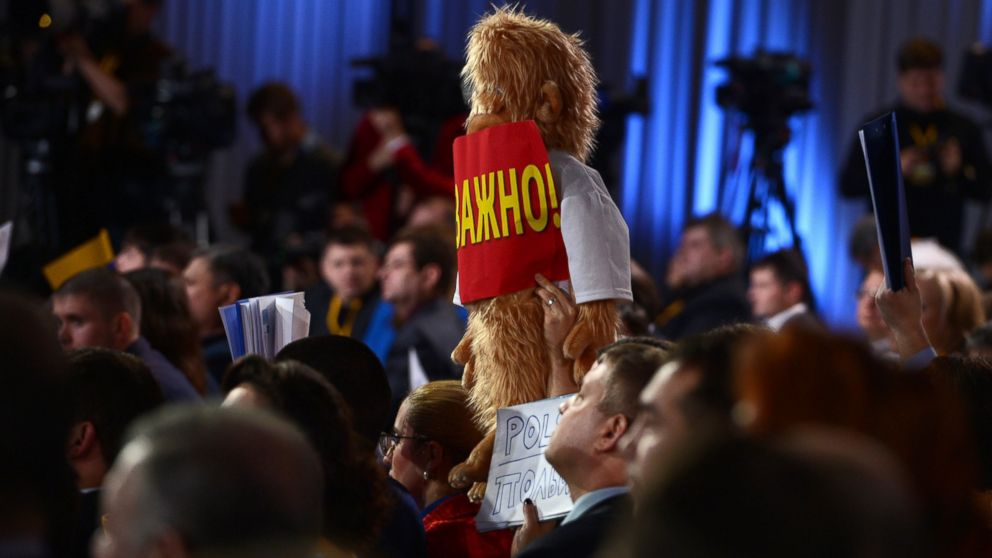 Putin's Press Uses Teddy Bears and Stuffed Yeti to Get Attention