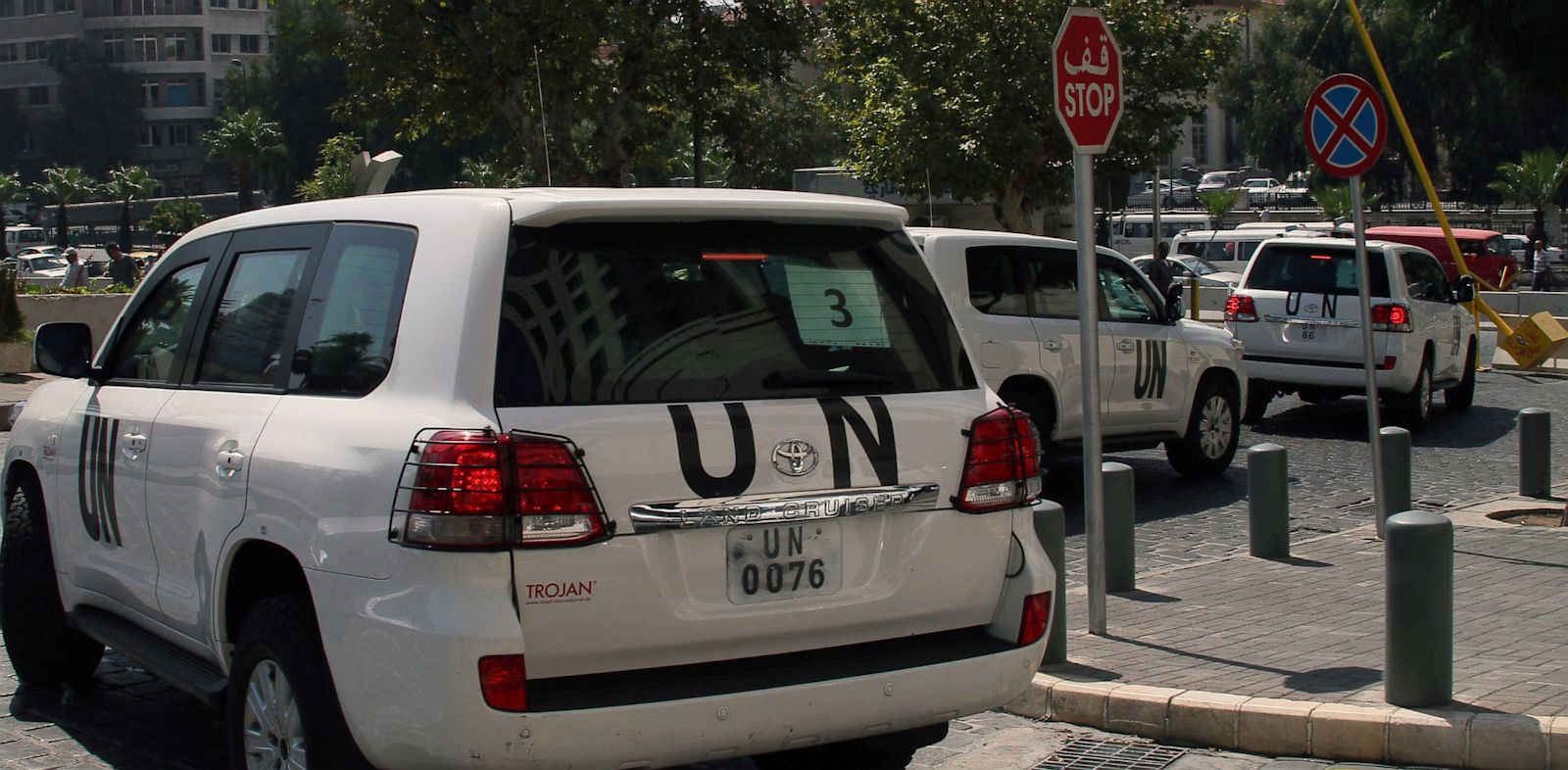 PHOTO: A convoy of United Nations (UN) vehicles leave a hotel in Damascus, Aug. 26, 2013, carrying UN inspectors travelling to the site of a suspected deadly chemical weapon attack the previous week in Ghouta, east of the capital.