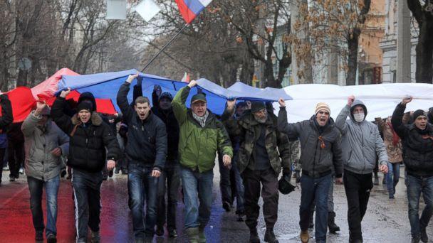 GTY ukraine jef 140227 16x9 608 Gunmen Seize Government Building as Ukrainian Rift Widens