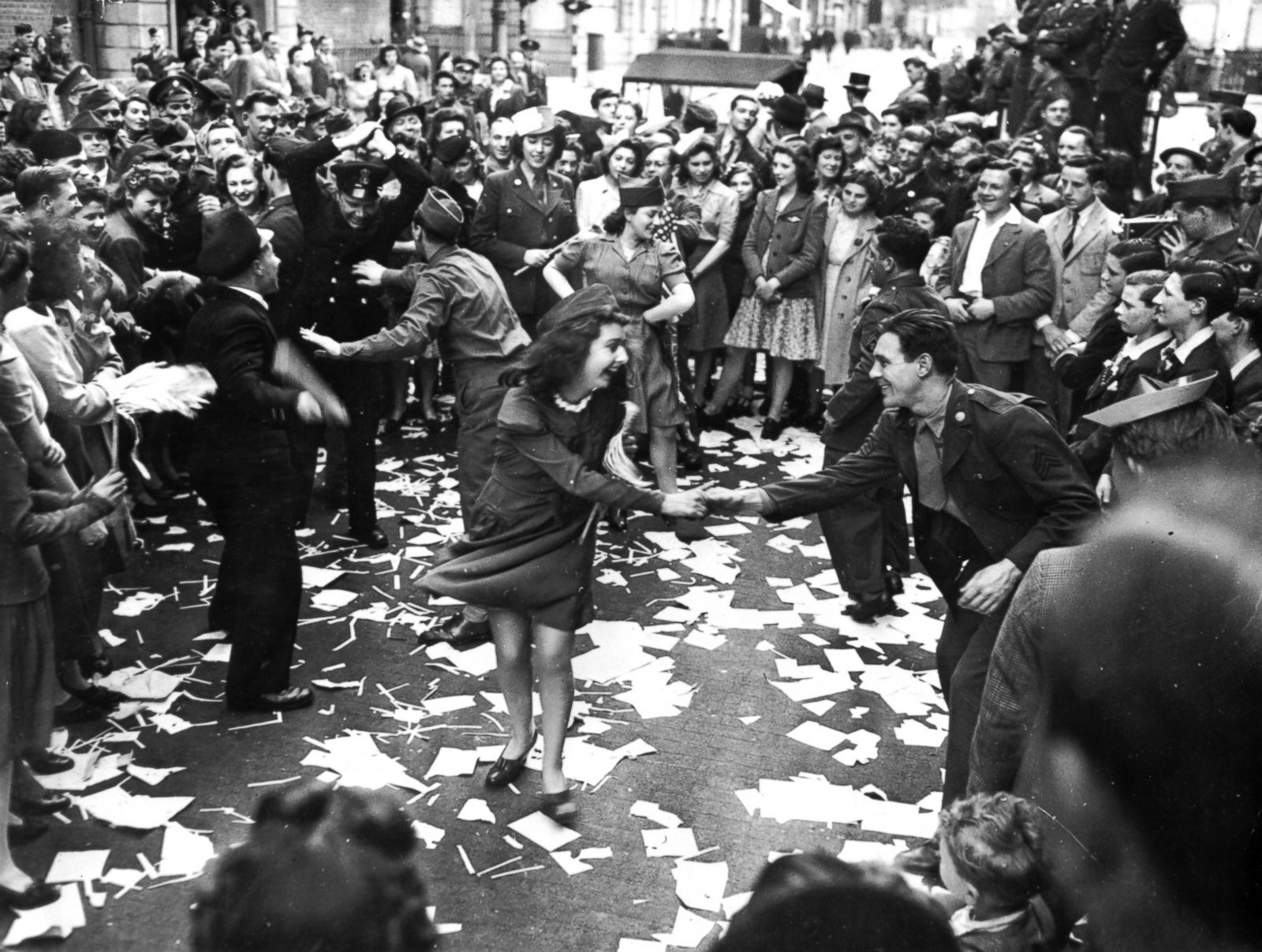 The 70th Anniversary Of V E Day Photos Image 12 Abc News