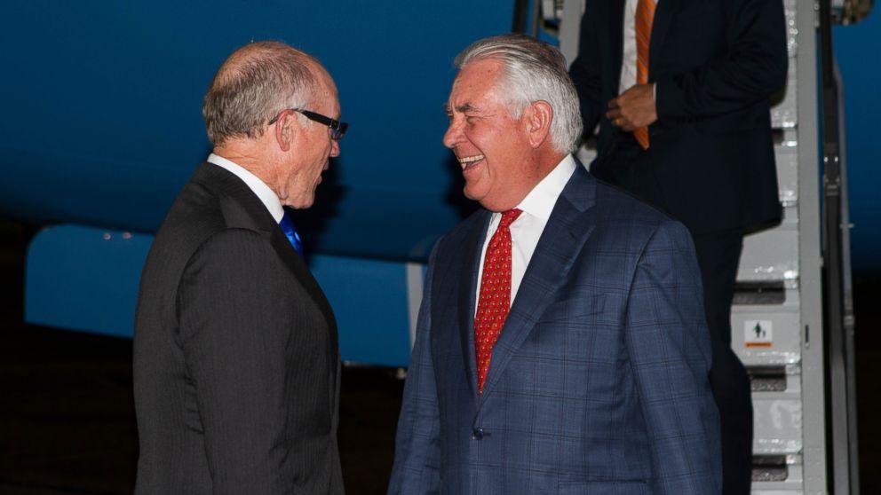 Secretary Tillerson arrives in London ahead of Libya , North Korea talks