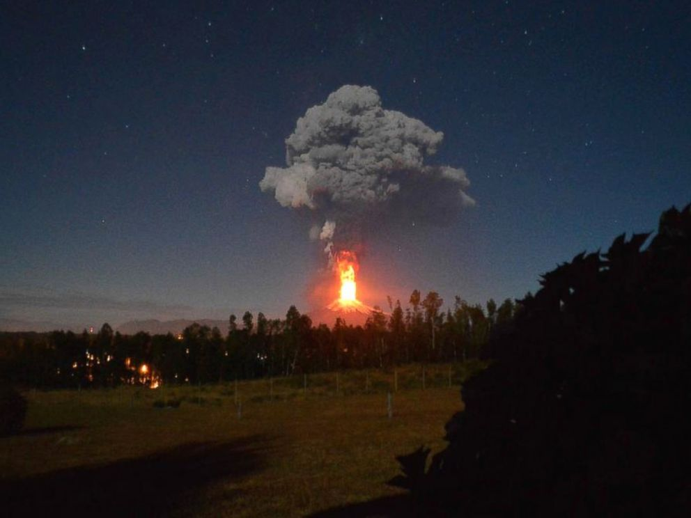PHOTO: Chiles Villarrica volcano can be seen erupting, March 3, 2015.