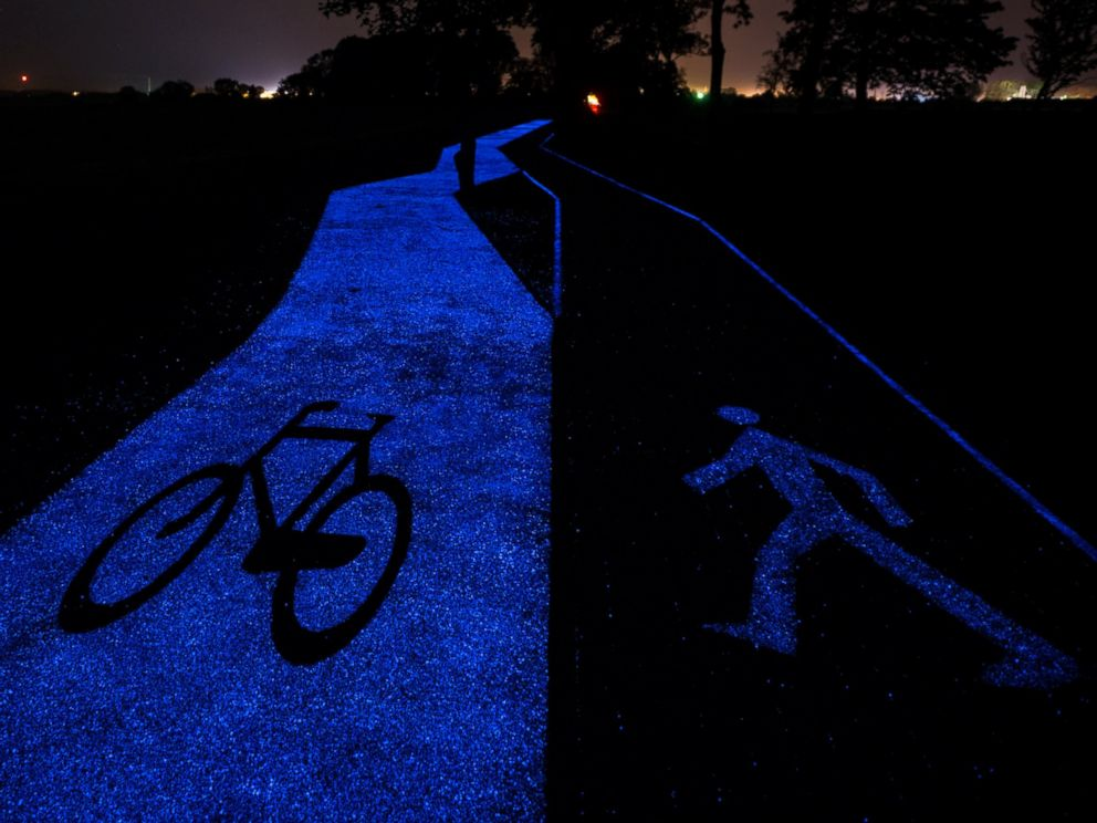 PHOTO: Poland unveiled a glow-in-the-dark bicycle path that charges using sunlight in the city of Olsztyn on Sept. 23, 2016.