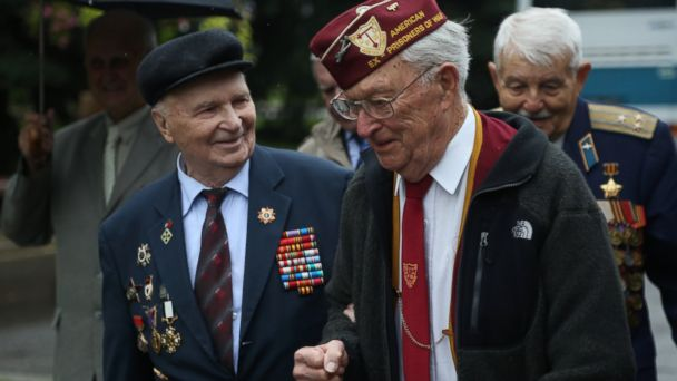 HT leroy williamson red army moscow jt 140928 16x9 608 WW2 Vet Thanks Those Who Saved Him 70 Years Ago