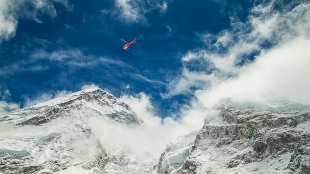 http://a.abcnews.com/images/International/HT_mt_everest_earthquake_1_jt_150426_16x9_608.jpg