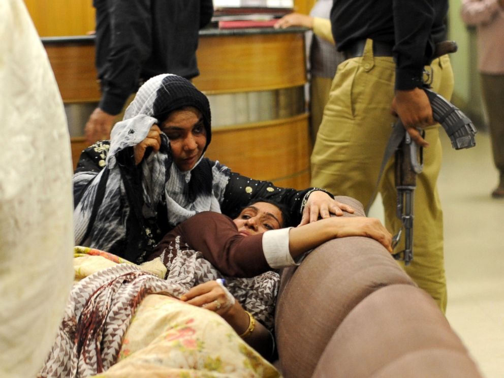PHOTO: Pakistani women mourn at a hospital following a suicide blast on March 27, 2016, in eastern Pakistans Lahore.