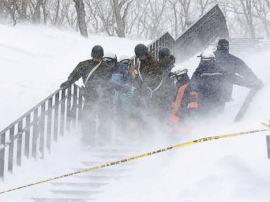 8 Japanese students feared dead after avalanche