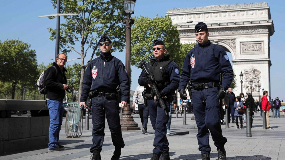 Security Forces Mobilized For Election After Paris Attack