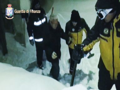 Over 20 Feared Trapped After Avalanche Buries Hotel in Italy