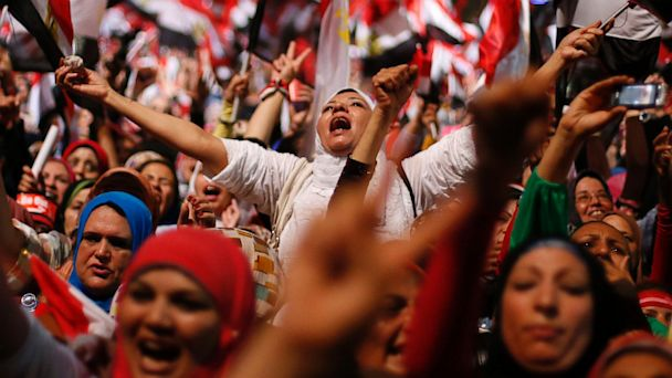 PHOTO: Egyptians cheer over coup ousting President Mohammed Morsi