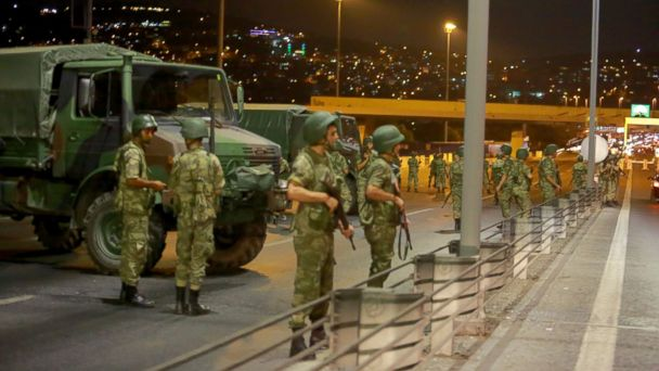 http://a.abcnews.com/images/International/RT_turkey_coup_02_jef_160715_16x9_608.jpg