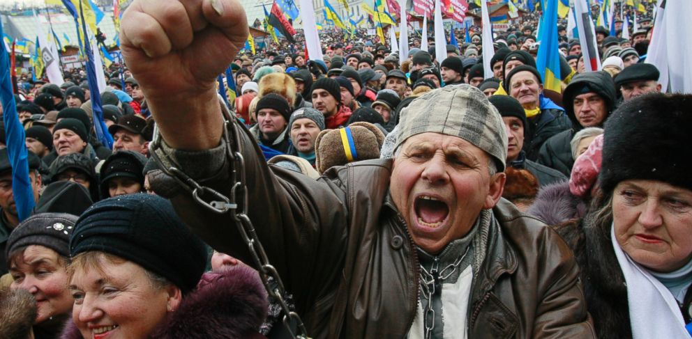 PHOTO: A man shouts slogans during a rally organized by supporters of EU integration at Maidan Nezalezhnosti or Independence Square in central Kiev, Dec. 8, 2013.