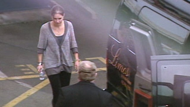 PHOTO: Amanda Knox has arrived home in Seattle, Oct. 4, 2011, after an Italian appeals court dramatically overturned the American student's conviction of sexually assaulting and brutally slaying her British roommate.