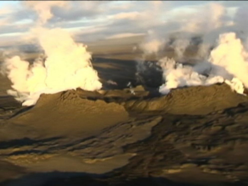 PHOTO: This frame still shows an aerial view of volcano in Bardarbunga, Iceland.