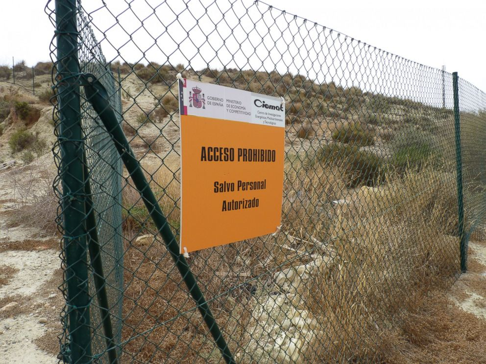 PHOTO: A sign on a chainlink fence in Palomares, Spain denies access to land controlled by Ciemat, the Spanish governments energy department.