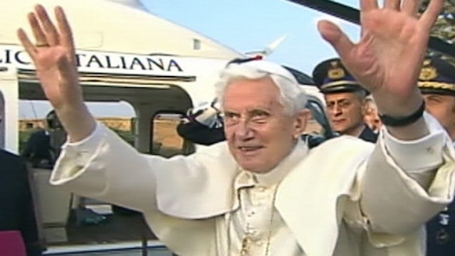 PHOTO: Pope Benedict XVI leaves the Vatican via helicopter, Feb. 28, 2013.