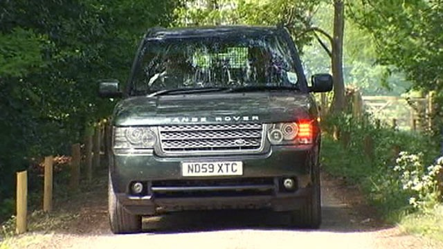 PHOTO: Prince William is seen leaving Kate Middletons family home in Bucklebury in Berkshire, England.