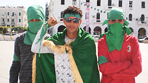 PHOTO pro-Ghadafi supporters i
