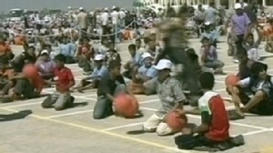 Video: Gazans attempt to break basketball bouncing record.