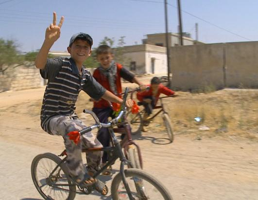 abc syria 4 kb ss 120807 ssh Nightline Daily Line, Aug. 8: Inside Syria, Families Torn Apart by War