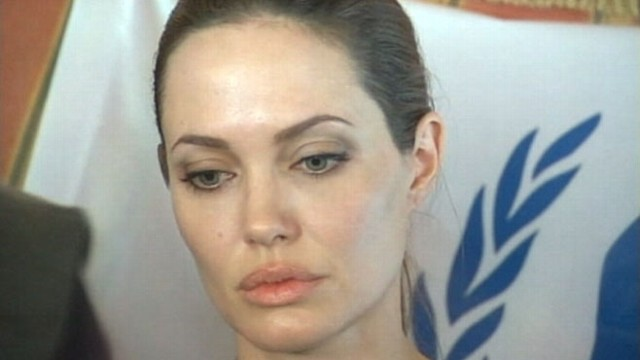 VIDEO: Angelina Jolie met with Syrians who fled their country during the civil war.