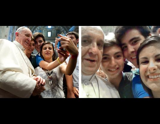 Pope Francis is captured in Selfie by Teenage Pilgrims