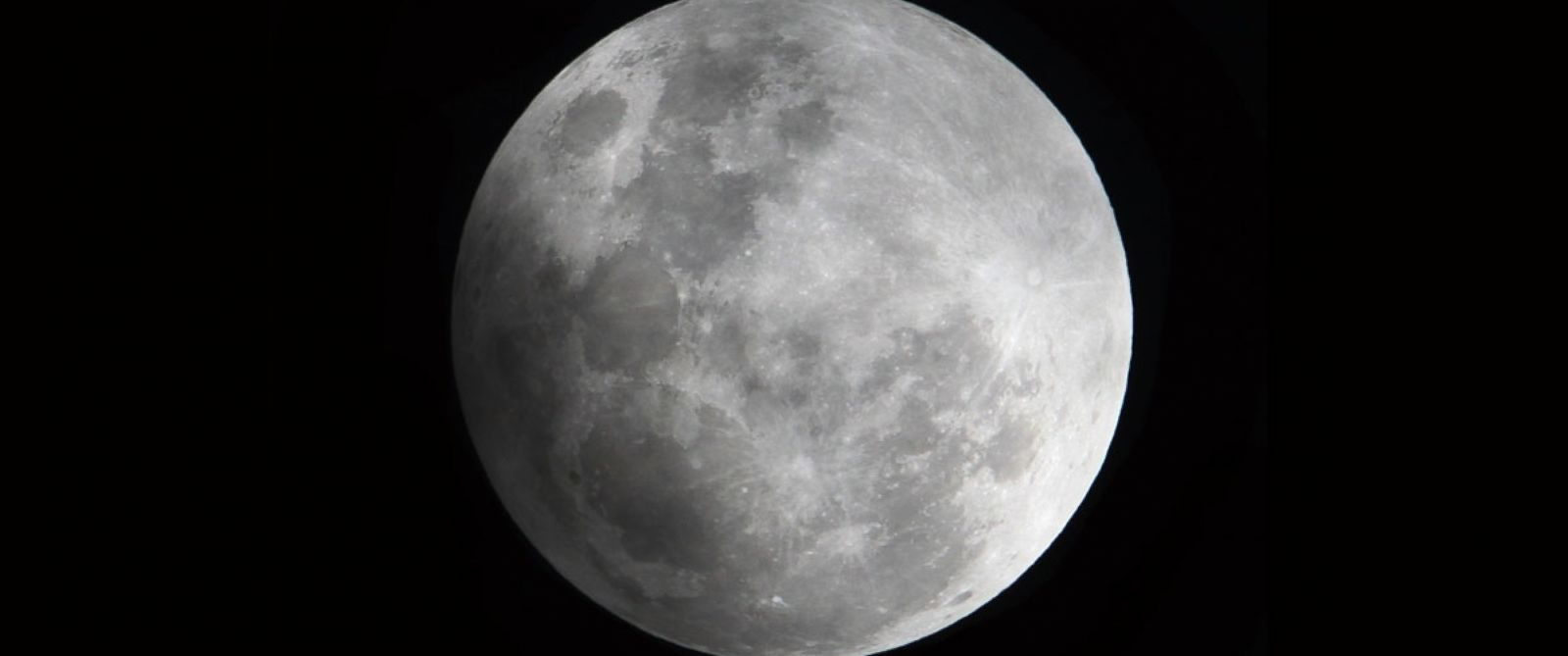 Colouring sheets of the lunar eclipse - Snow Moon Lunar Eclipse