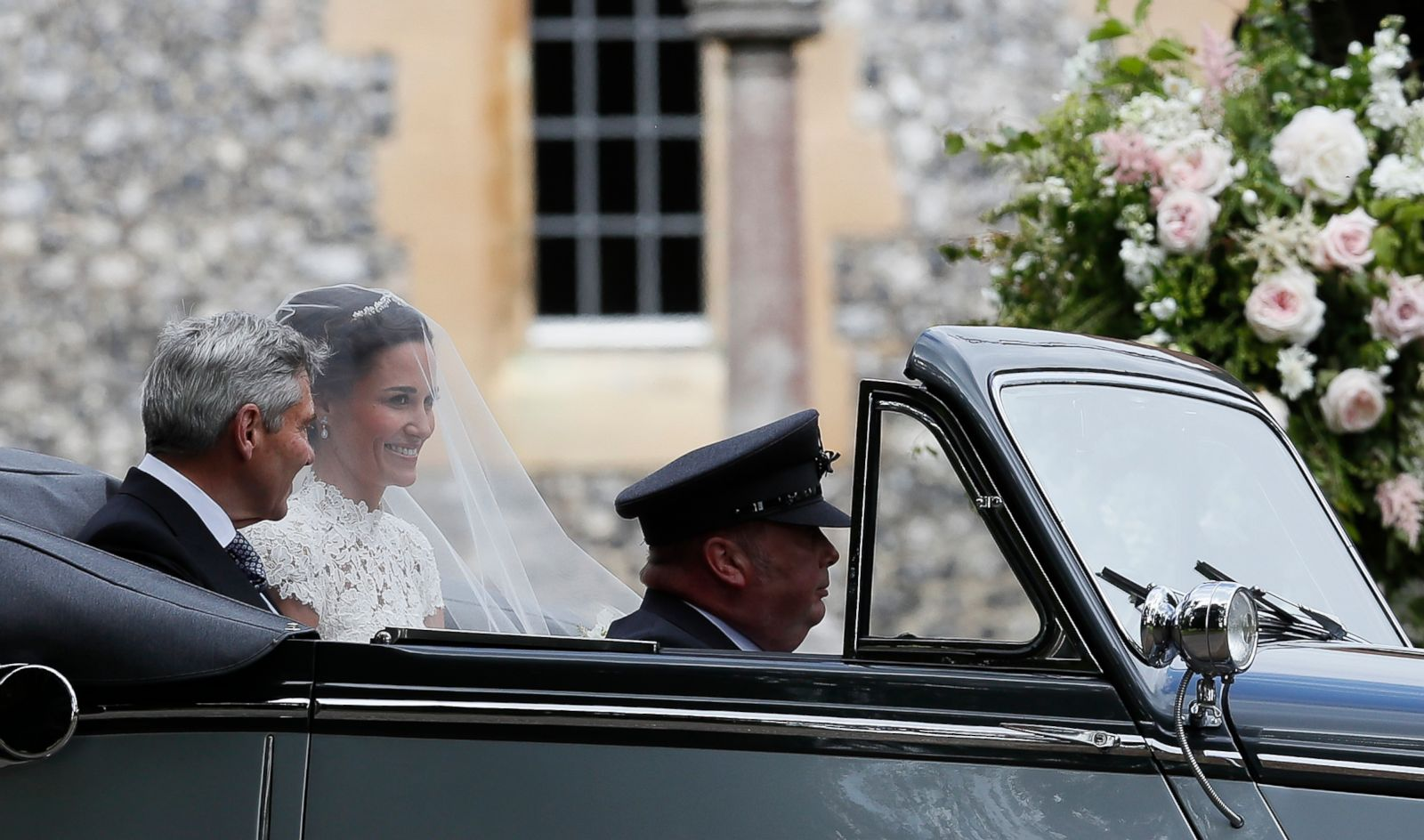 ap-pippa-middleton-wedding-21-jc-170520_22x13_1600.jpg (1600×944)