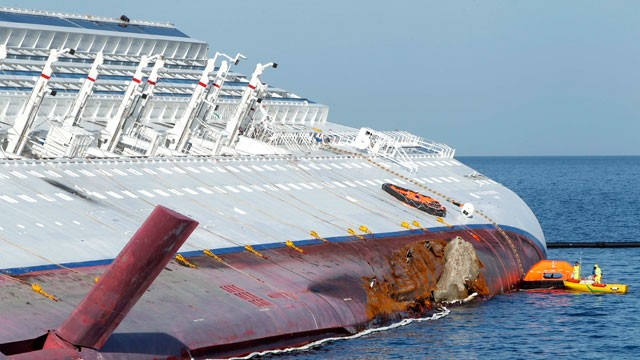 PHOTO: Costa Concordia
