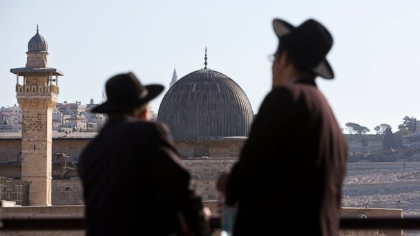 http://a.abcnews.com/images/International/ap_al_aqsa_mosque_mt_141030_16x9_608.jpg